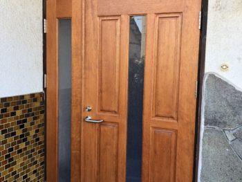 新居浜市 H様 木製玄関ドア交換事例